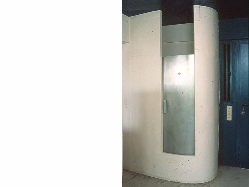 le_corbusier_shower_door_3