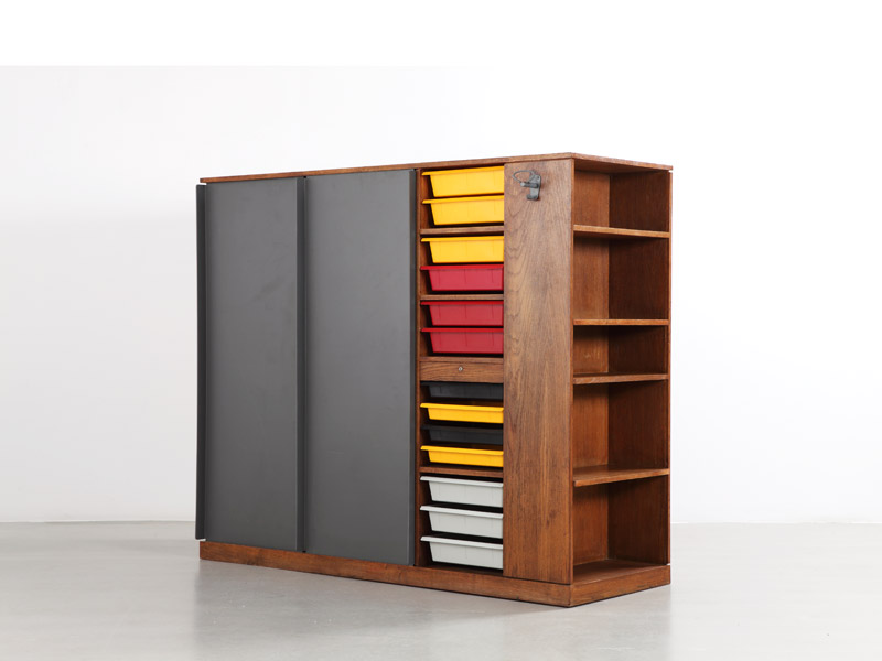 le_corbusier_single_wardrobe_2