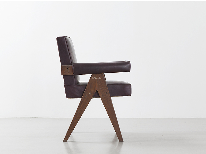 pierre_jeanneret_Office_chair_brown_1
