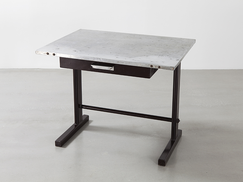 Jean prouv tropique no 501 demountable table galerie patrick seguin - Table basse jean prouve ...