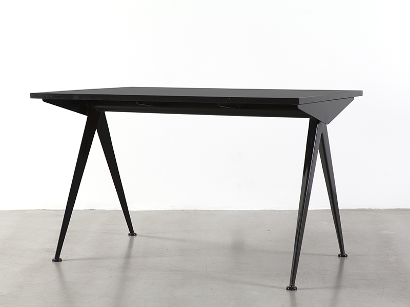 jean_prouve_small_black_cafeteria_table_1