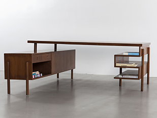 pierre_jeanneret_demountable_desk