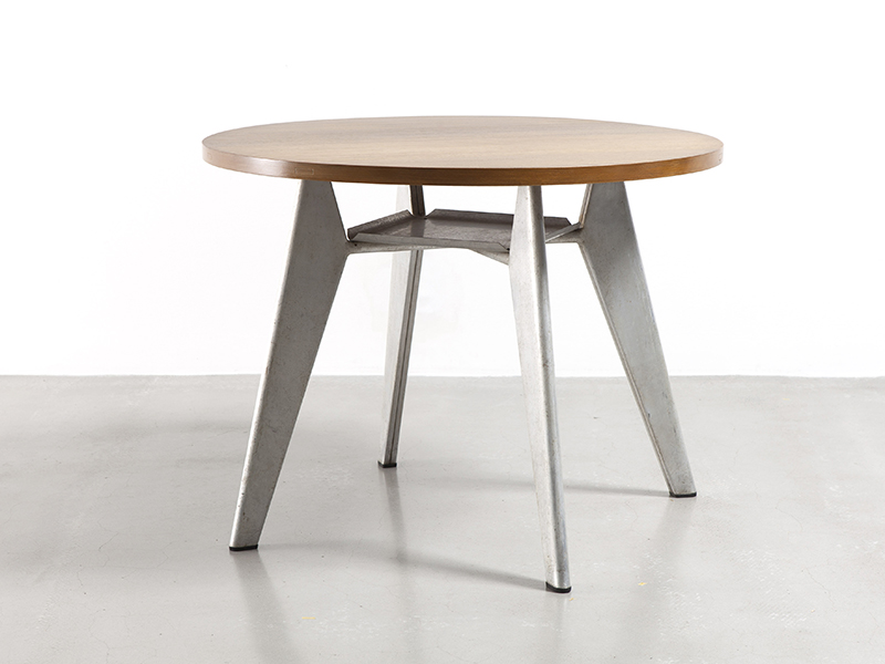 jean-prouve-round-cafeteria-table1