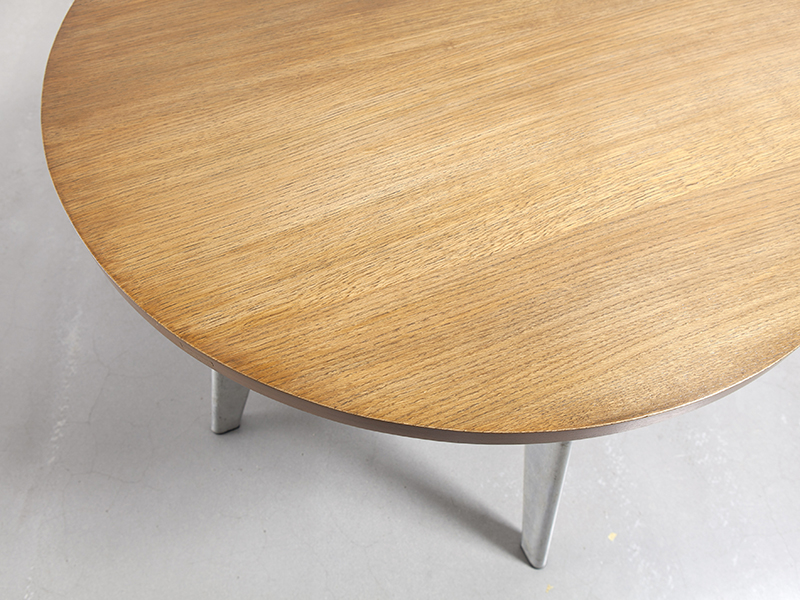 jean-prouve-round-cafeteria-table3