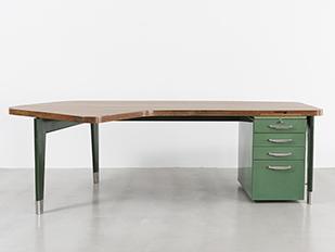 jean-prouve-presidence-desk
