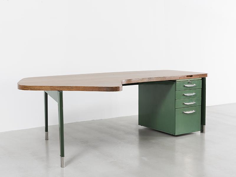 jean-prouve-presidence-desk2