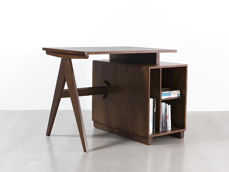 pierre-jeanneret-administrative-desk1