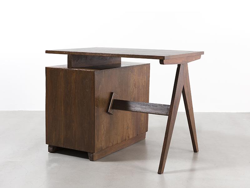 pierre-jeanneret-administrative-desk2