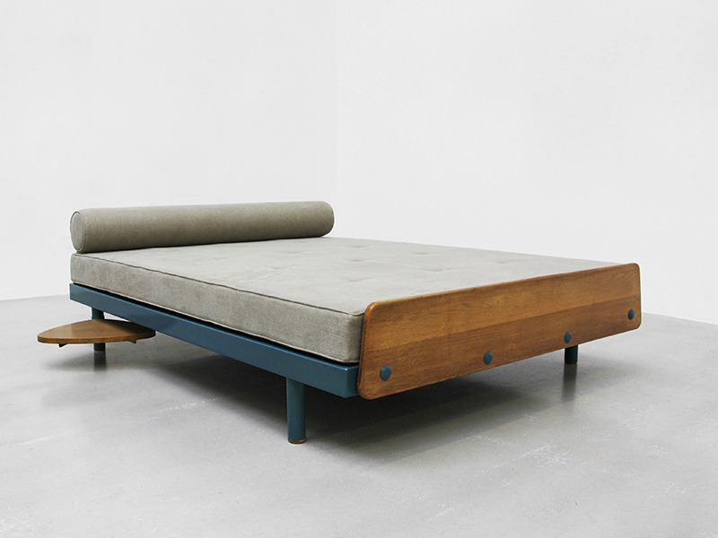 jean-prouve-scal-double-bed1