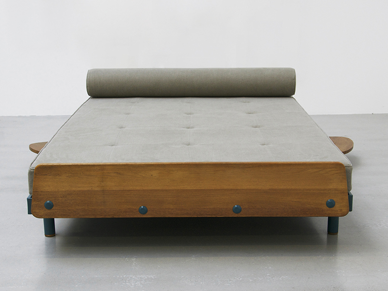 jean-prouve-scal-double-bed3
