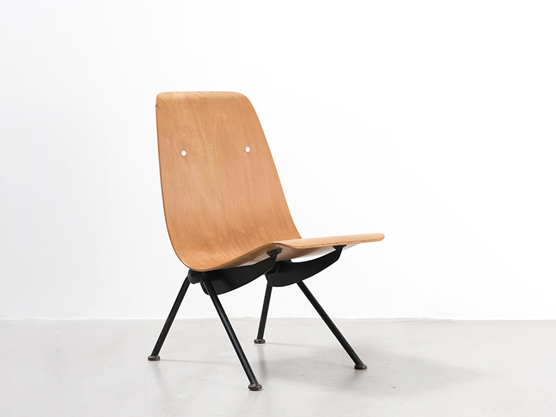 jean prouv antony chair 1955 2 galerie patrick seguin. Black Bedroom Furniture Sets. Home Design Ideas