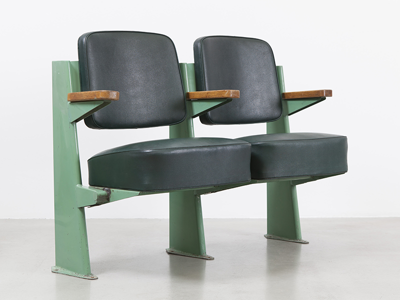 jean_prouve_fauteuil_amphitheatre1