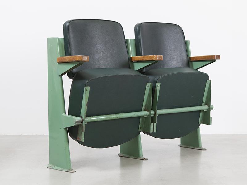 jean_prouve_fauteuil_amphitheatre2
