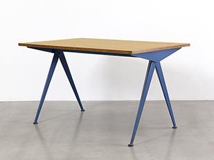 jean-prouve-table-compas-bleue
