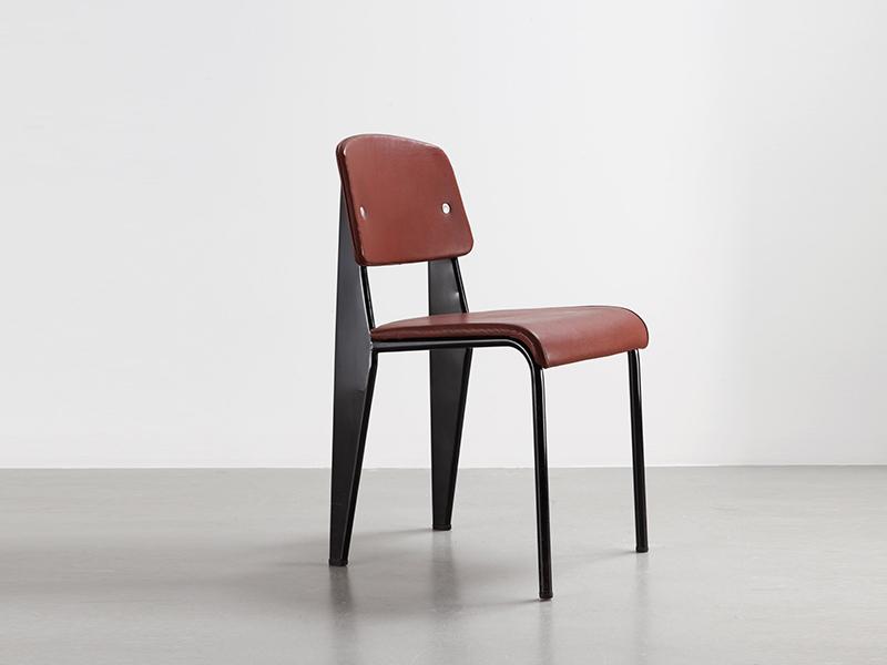 jean-prouve-chaise-metropole-skai1