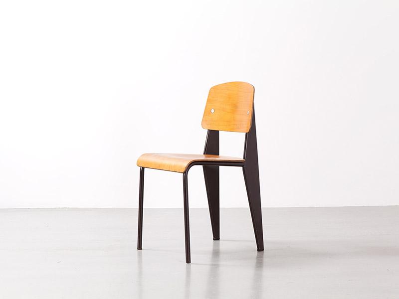 jean prouv chaise m tropole n 305 marron galerie. Black Bedroom Furniture Sets. Home Design Ideas