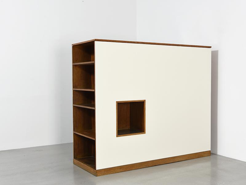 charlotte perriand le corbusier armoire ca 1956 59 galerie patrick seguin. Black Bedroom Furniture Sets. Home Design Ideas