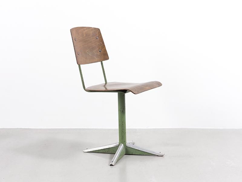 jean prouv chaise dactylo cd 11 ca 1944 galerie patrick seguin. Black Bedroom Furniture Sets. Home Design Ideas