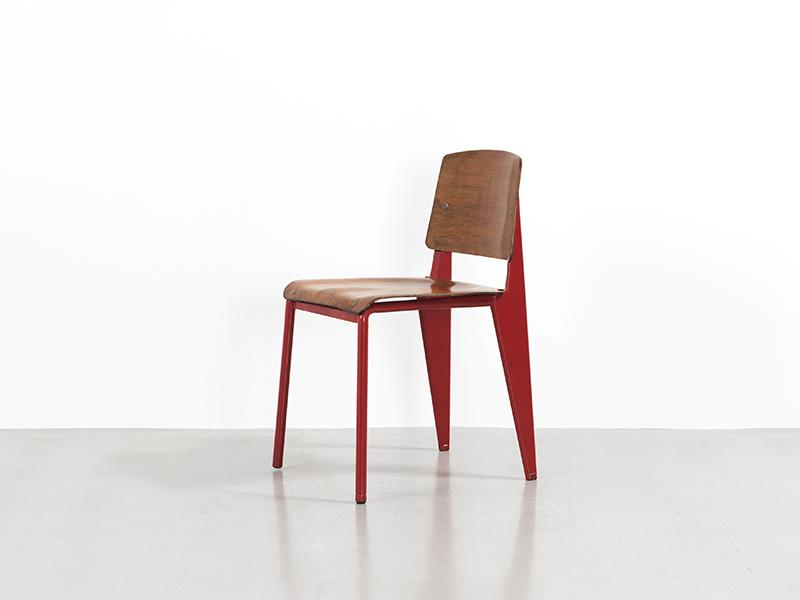 jean prouv chaise n 4 rouge 1934 galerie patrick seguin. Black Bedroom Furniture Sets. Home Design Ideas