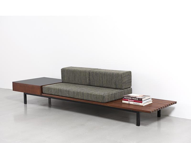charlotte perriand banquette avec rangement 1958 galerie patrick seguin. Black Bedroom Furniture Sets. Home Design Ideas