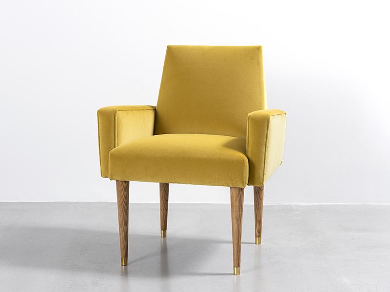 jean roy re paire de fauteuils jaunes ca 1960 galerie patrick seguin. Black Bedroom Furniture Sets. Home Design Ideas